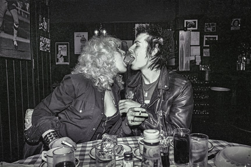 Sad Vacation The Last Days Of Sid And Nancy Dmovies