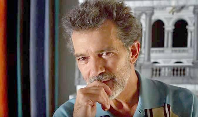 Dolor y Gloria - film ... Antonio Banderas