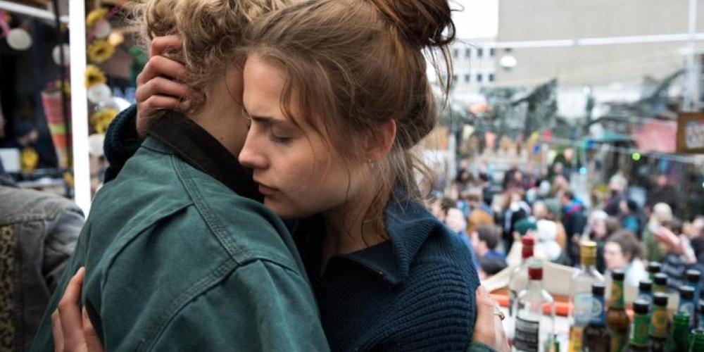And Tomorrow the Entire World (Und Morgen die Ganze Welt) - film review